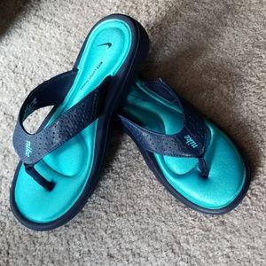 Nike Comfort Sandals Blue size 6